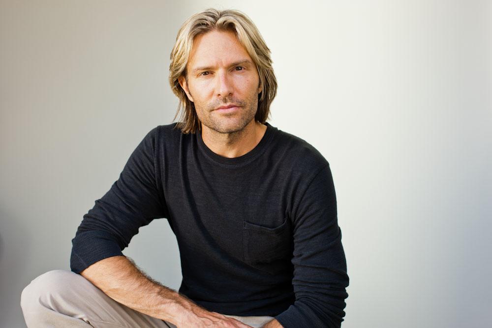 Eric Whitacre'i rabavalt aus muusika ja osav YouTube'i kasutamine on toonud koorimuusika juurde tuhandeid uusi kuulajaid