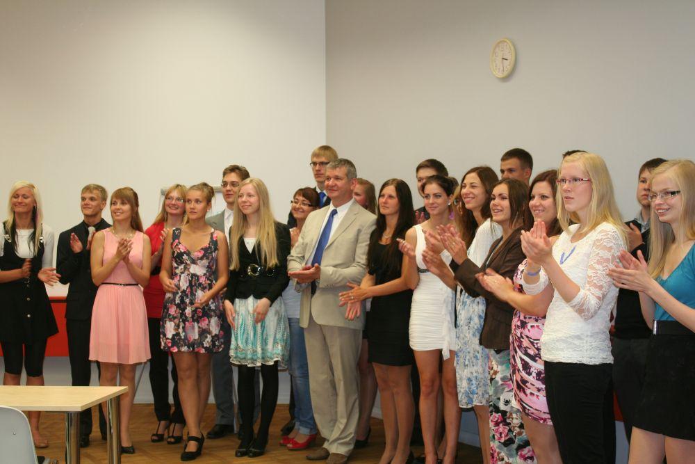 Viljandimaa tunnustas parimad koolilõpetajad
