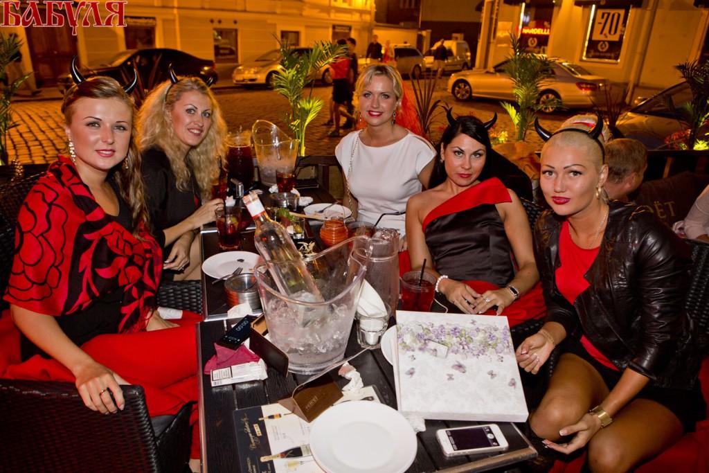 GALERII: Šhampanja rohke Babulja Lounge Deja Vu's