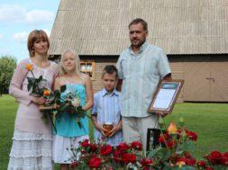 Põlvamaa-kogukonna-pärl-2013_Tiina-Länkuri-ja-Ander-Konksu-pere.jpg