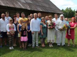 Võrumaa-kogukonna-pärl-2013_Helgi-Saare-ja-Agu-Hollo-pere.jpg