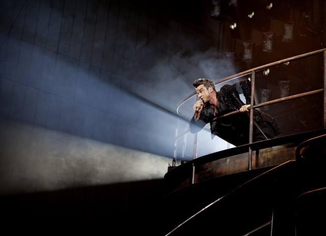Robbie Williamsi kontserdi otseülekanne jõuab sadadesse kinodesse üle maailma