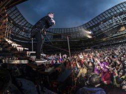 Robbie-Williamsi-kontserdile-on-tulemas-üle-50-000-inimese.jpg