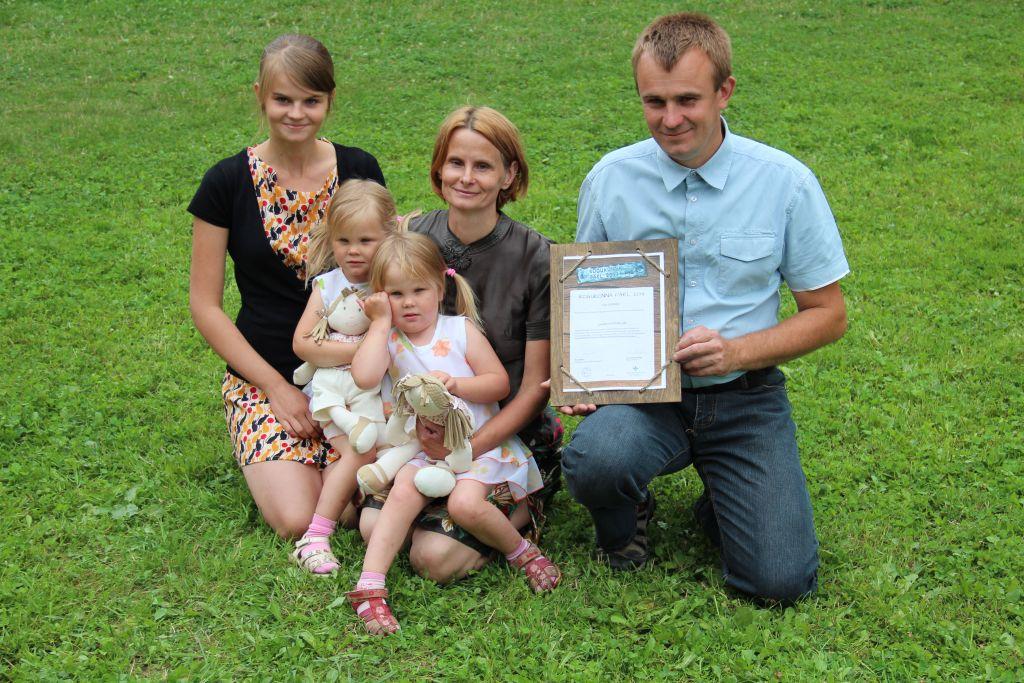Valgamaal tunnustati Pille ja Peeter Kanguri perekonda