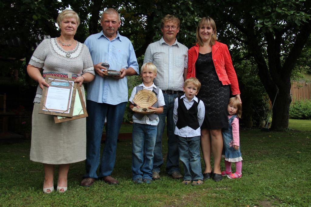 Viljandimaal tunnustati Katti Meesi ja Ilmar Tikuti perekonda