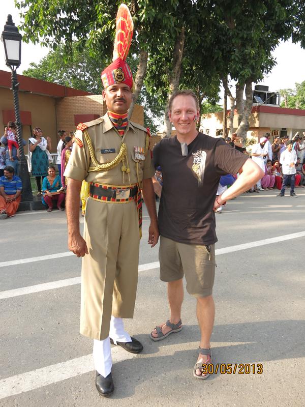 """Täna """"Kaks kanget Indias"""" – Teet ja Kristjan lähevad joogasse!"""