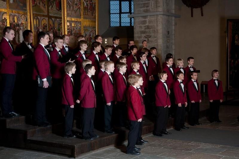 Uku Suviste tähistab koos Tallinna Poistekooriga väärikat 25 aasta juubelit