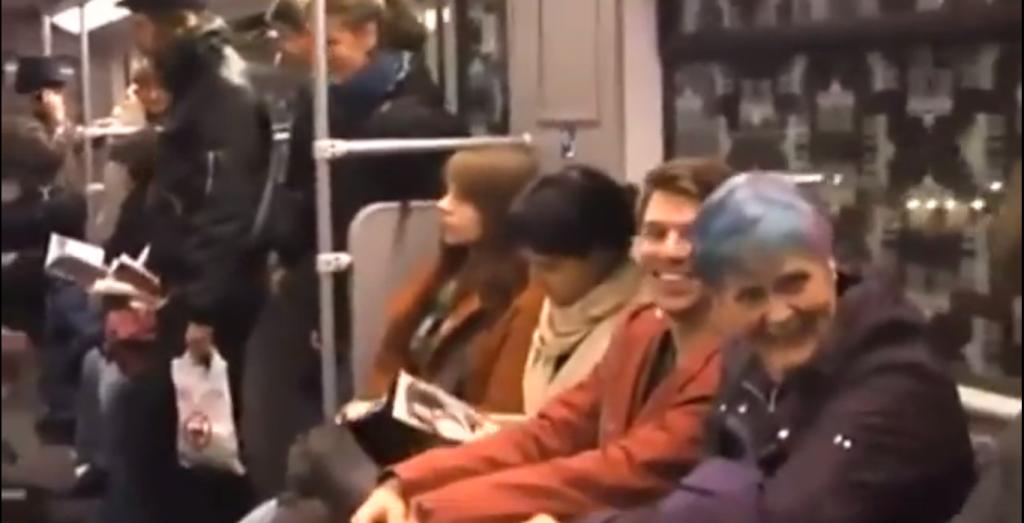 VAATA VIDEOT! Vaata videot sellest, kuidas naermine avalikus kohas nakkab!