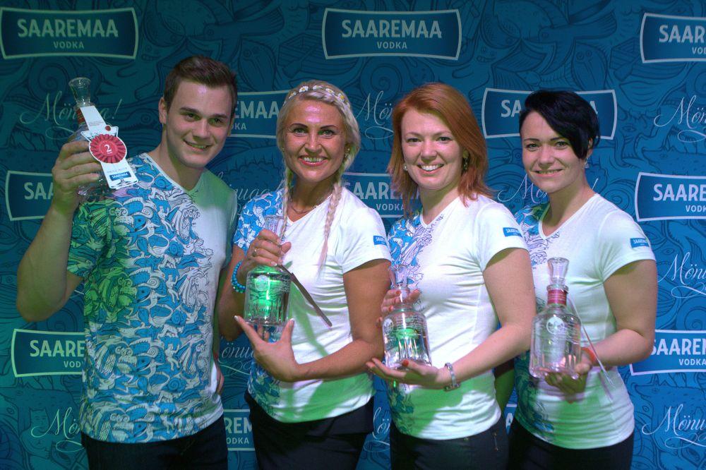 """Kokteilivõistluse """"Saaremaa Vaarika kokteilimeistrite kondiproov"""" võitis Krista Meri"""