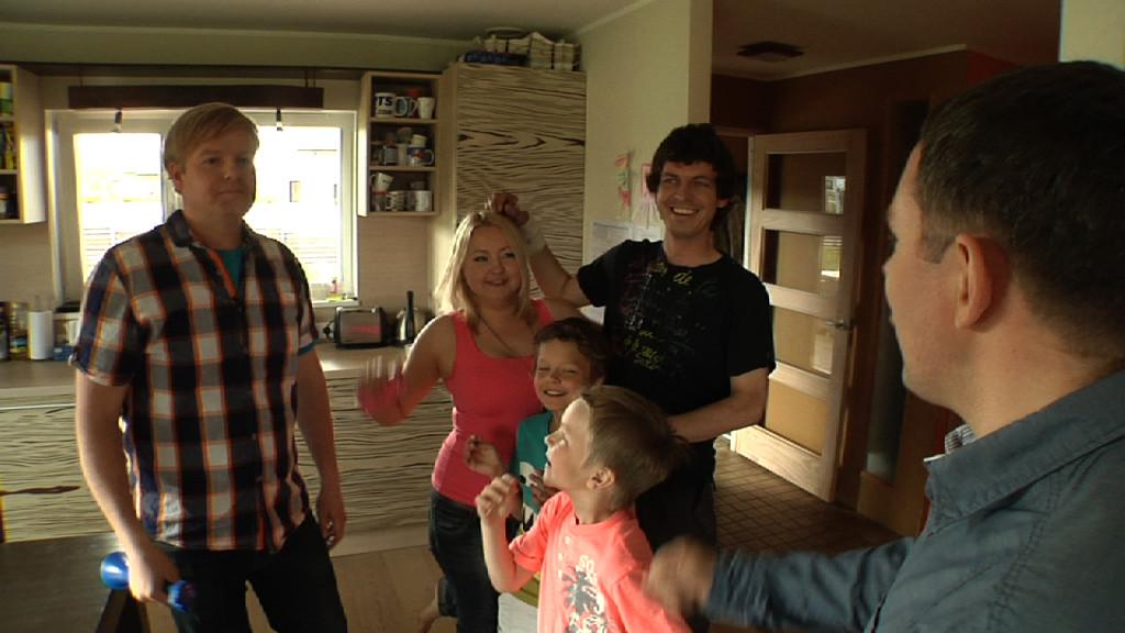 """Täna algab Kanal 2s lõbus koguperemäng """"Peitusemeistrid""""! Tänane otsija on näitleja Tiit Sukk!"""