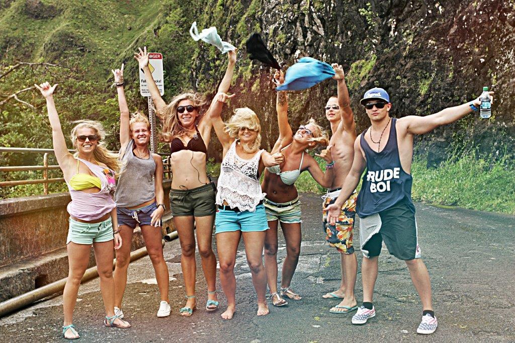 """Livin Aloha"" viis noored Hawaii saartele"