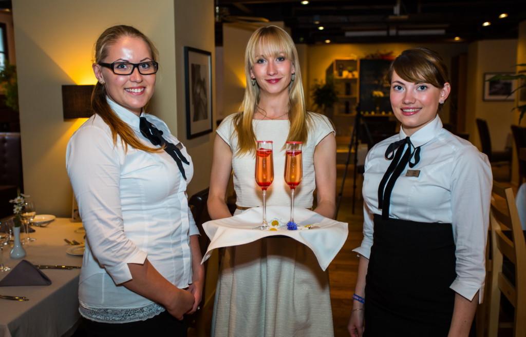 Elu24 loosib koostöös Luxlimu ja restoraniga Nipernaadi välja romantilise VIP-õhtusöögi kahele