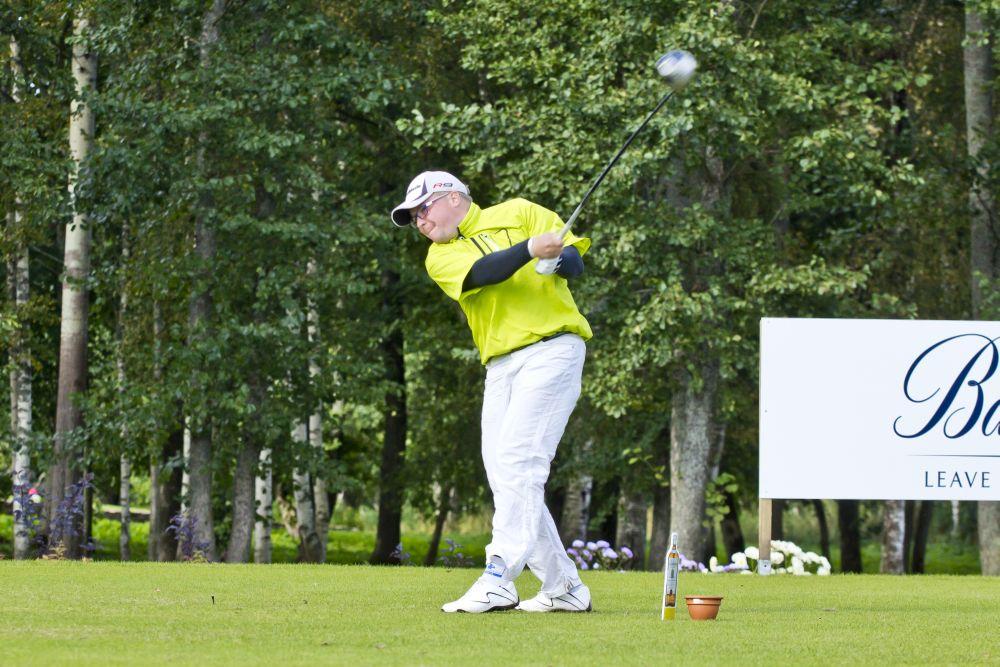 VAATA VIDEOT! Erkki Sarapuu: Kui pall juba lendab, on golfile käsi antud!