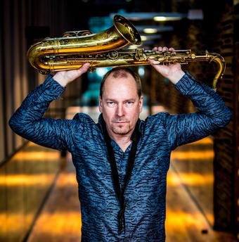 Tippsaksofonist Esa Pietilä annab Tallinnas sooloetteaste