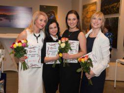Parim-sekretär-2015-esinelik-vasakult-esikoht-Külli-Vilepill-neljas-koht-Kristina-Nukka-kolmas-koht-Carolyn-Lizbeth-Einmann-teine-koht-Ave-Ly-Hints-.jpg