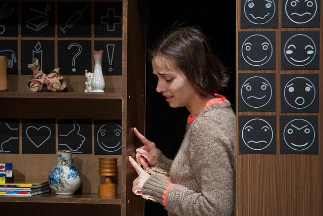 PUBLIK TUNNUSTAB! Ugala teatri publik valis parimaks naisnäitlejaks Klaudia Tiitsmaa