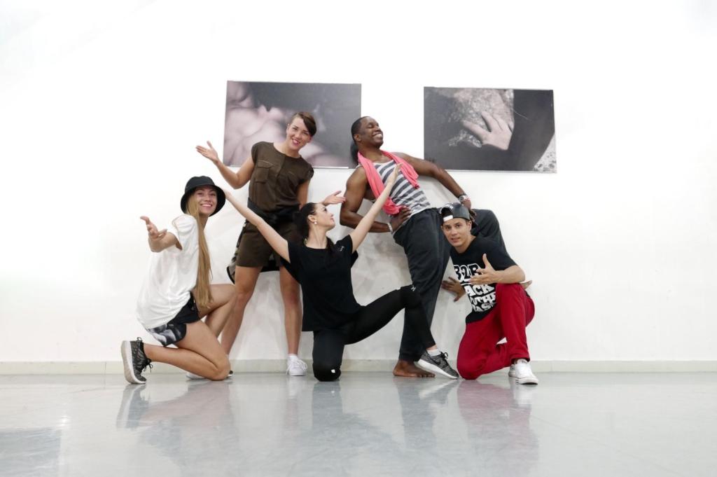 FOTOD! JJ-Street Crew valmistub USAs tüdrukute hiphopivõistluseks