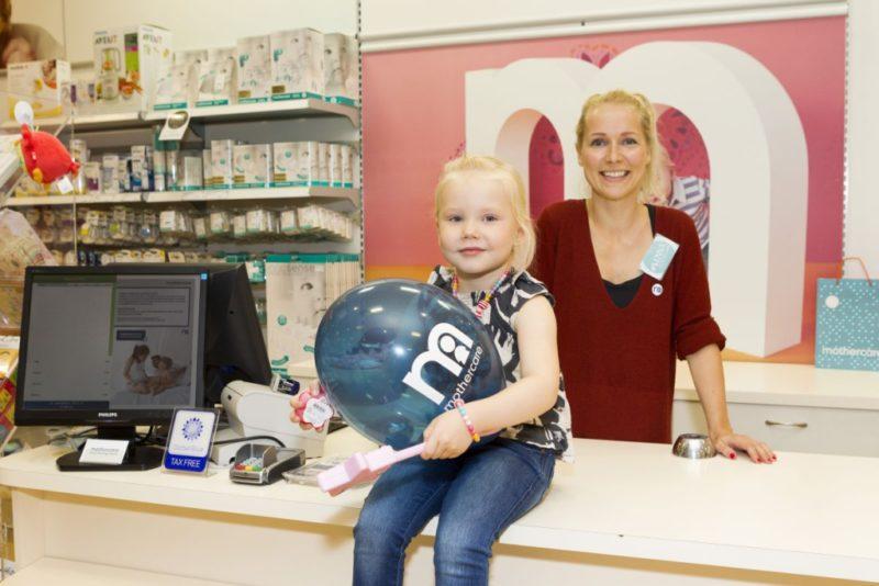 Lenna Kuurmaa pidas Mothercare kaupluses müüja ametit ja toetas Pelgulinna sünnitusmaja