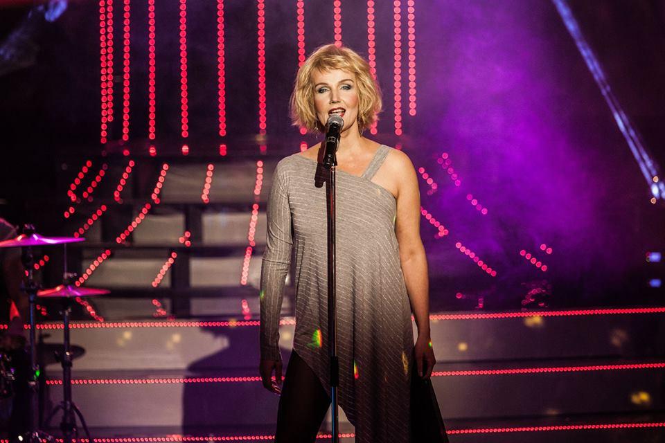 """PEENELT TEHTUD! Liina Vahtrik esitas Blondie lugu """"Heart of Glass"""""""