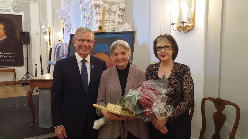 Eesti Kunstimuusemi Muuseumitöötaja stipendiumi pälvis konservaator Sirje Alter