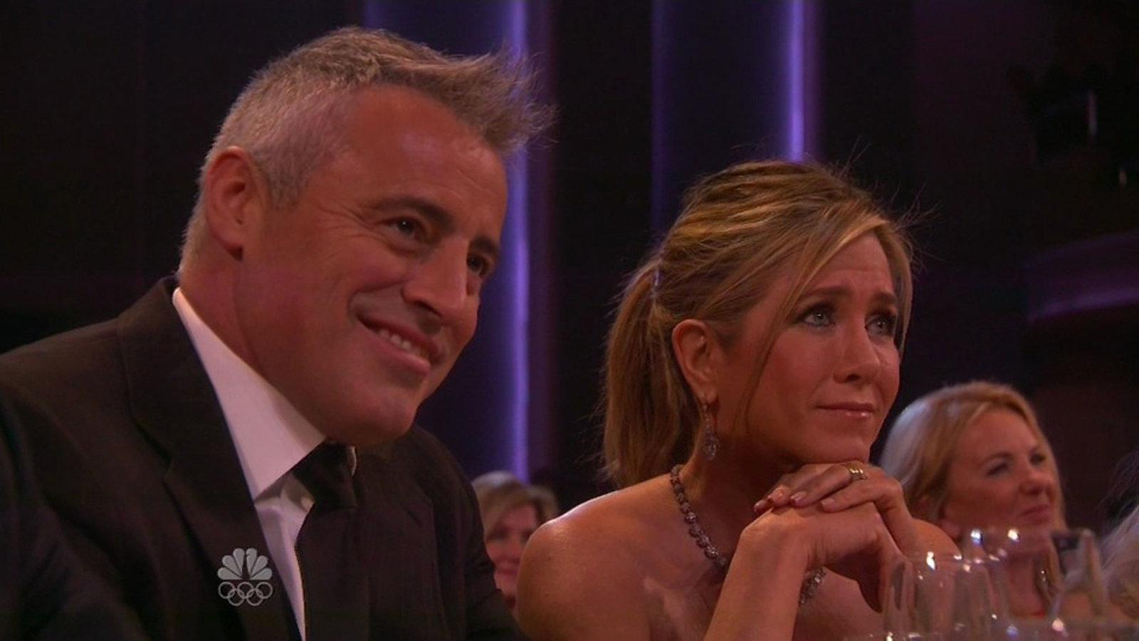 LIIGUTAV! ELU24! Jennifer Aniston puhkes «Sõprade» taasühinemisel nutma