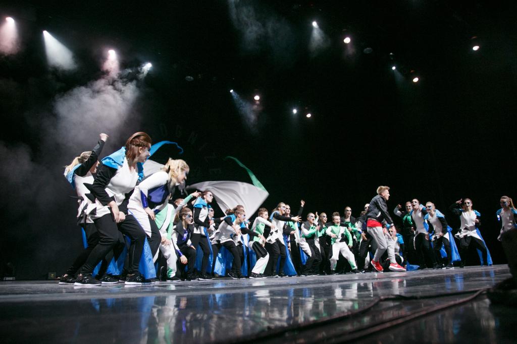 JJ-STREET ÜLLATAB TAAS! JJ-Street toob tantsulavastuses lavale sangviiniku, koleeriku, melanhooliku ja flegmaatiku