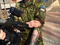 Noor-patrioot-lasi-Lennart-Meri-portree-käele-tatoveerida.jpg
