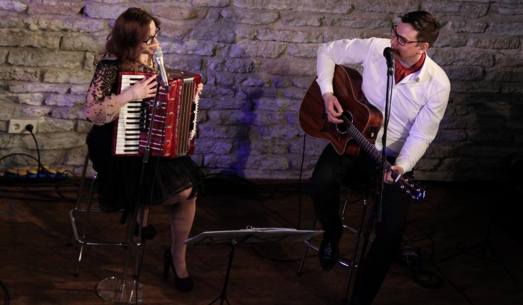 FOTOD! Alen Veziko ja Luisa Värgi kontsert Vihula mõisas maalis muusikaga maailma kaunimaks