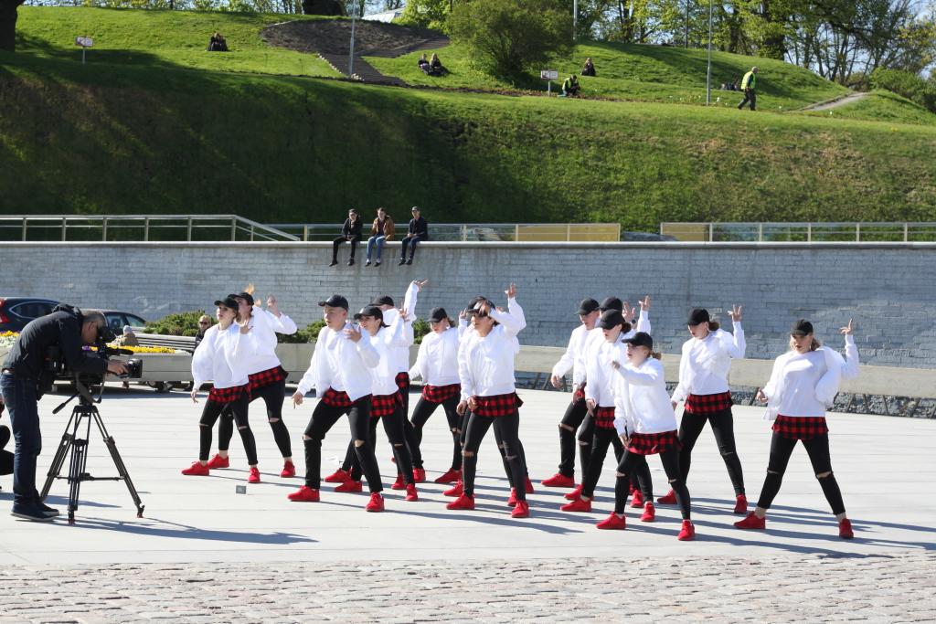 REPORTER! Millega üllatavad JJ-Street tantsijad Eesti suurimal tänavatantsuetendusel?