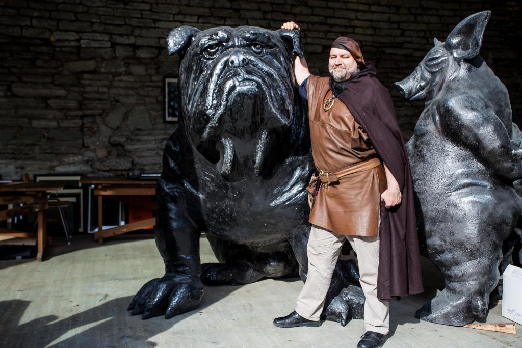 OLED OODATUD! Tauno Kangro toob skulptuuride suurnäituse Vabaduse väljakule