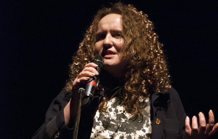 NÕRGANÄRVILISTEL MITTE MINNA! Sandra Jõgeva punub täna Kuku klubis kunsti nimel intriige