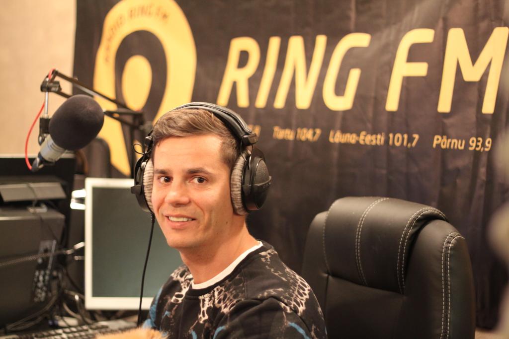JJ-STREET RING FM-IS! Tantsukooli asutaja Joel Juht kutsub tantsima igas vanuses inimesi