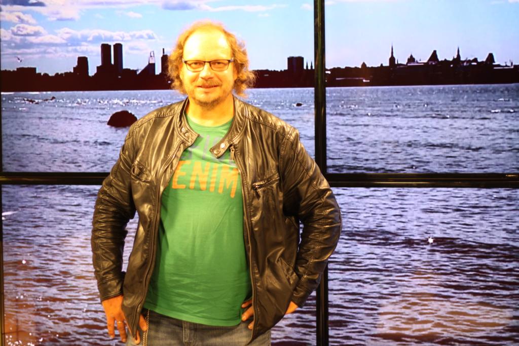 INTERVJUU MATI PALMETIGA! Kesk-Eesti Tre raadiohääl Mati Palmet harutab suure sünnipäevapeo üksipulgi lahti