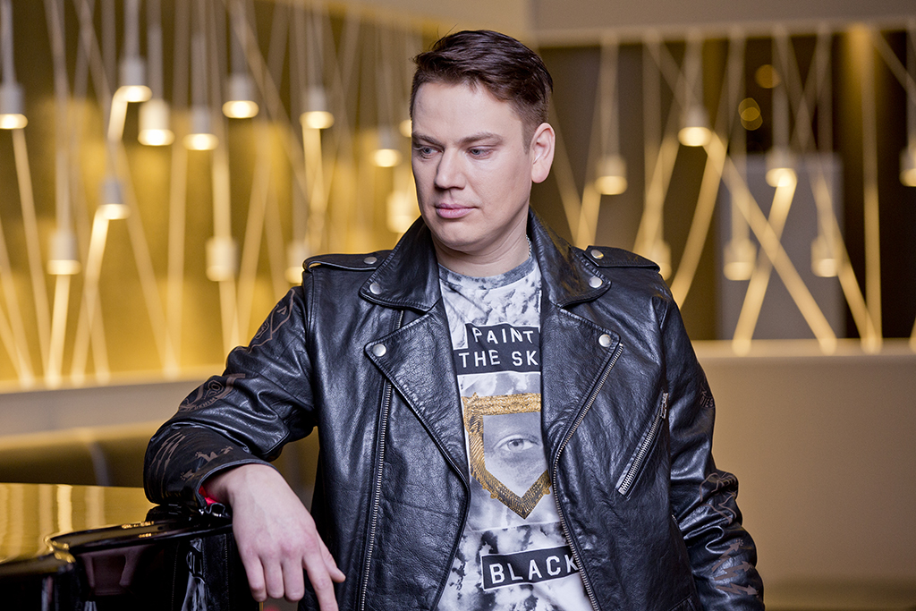 """FINEST FM MUUSIKAHOMMIK! Alen Veziko suureks sooviks on esineda laulupeol lauluga """"See maa"""""""