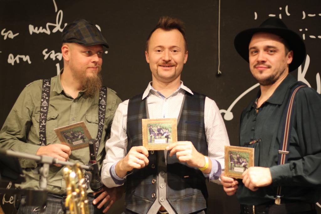 FINEST FM MUUSIKUL KÜLAS! Ruslan Trochynskyi muusikuseiklused on kui põnevusjutt