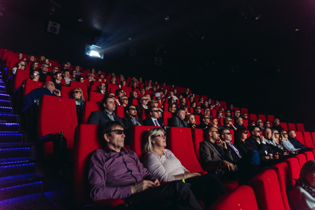 GALERII! Täna avati Viljandis kauaoodatud kino
