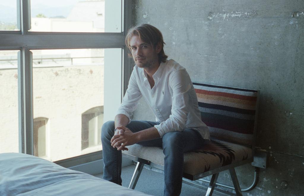 Menukas Prantsuse klubimuusikastaar Michael Calfan esineb Eestis