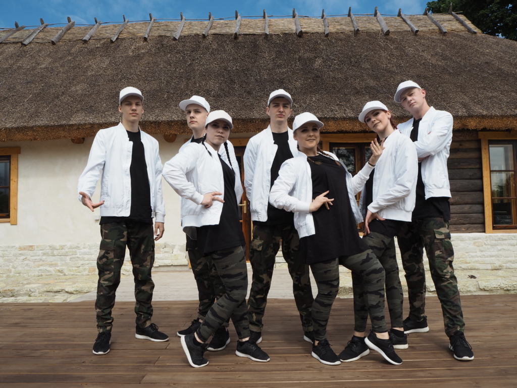 VIDEO! Tantsulaager Camp of Hip-Hop õpetab noortele nutiseadmeteta elu võimalikkust