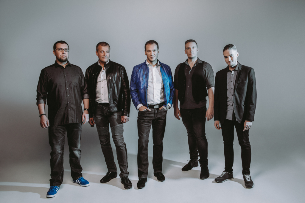 KUULA! Seni pop-rocki viljelenud Olavi Otepalu bänd tuli lagedale tantsulooga