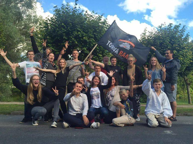 Tõrva noored aktivistid lükkavad taas raadio käima