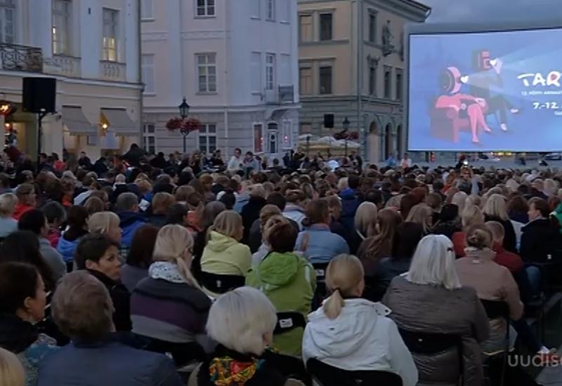 VIDEO! Tartu on vallutanud vabaõhukino ja armastusfilmid
