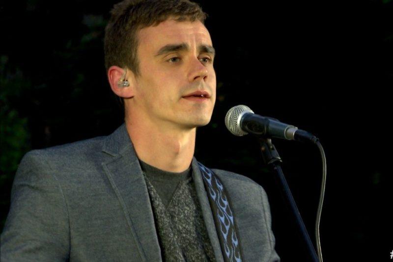 Laulja Tauri Anni: kui esined eestlastele, siis ikka eesti keeles