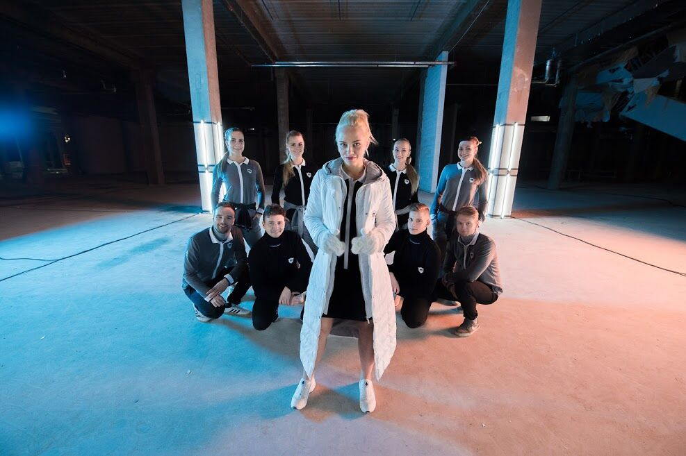 """Monton avaldas koostöös noore lauljatariga olümpiakollektsiooni auks originaalloo """"Vaba"""""""