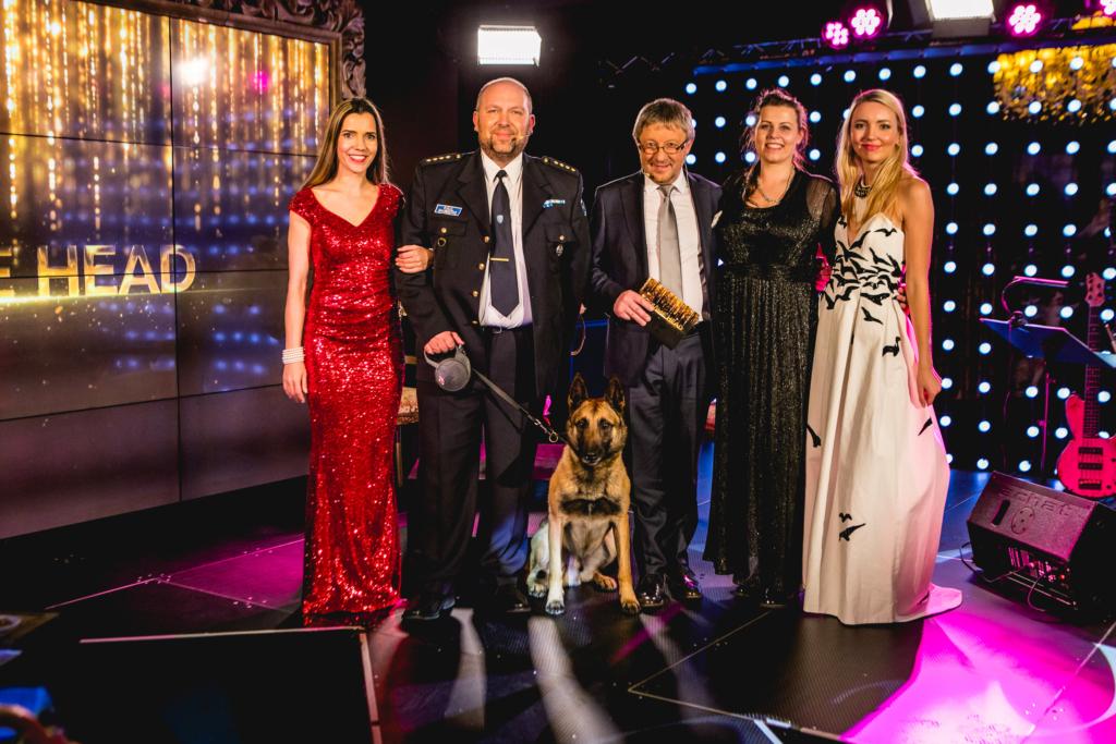 """VIDEO! Aastavahetussaade """"Soovime head"""" toob teleekraanile meie omad Eesti inimesed ja elupäästjast koera!"""