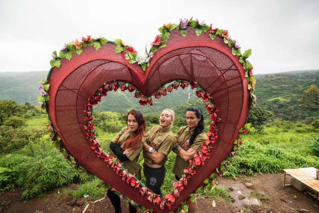 Video! Hanna Martinson asub koos sõpradega pöörasele India seiklusele