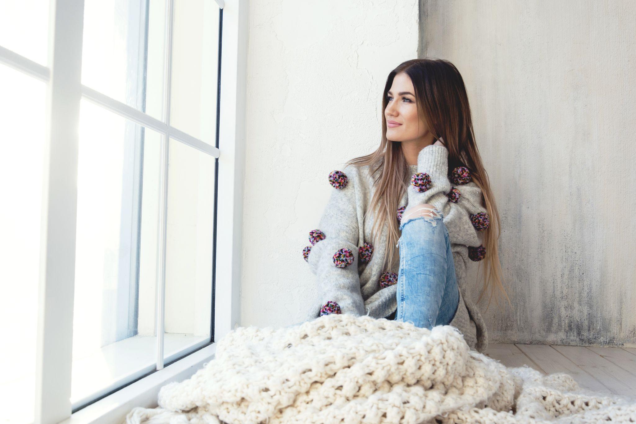 """VIDEO I Mariliis Jõgeva lõi poja Stefani soovist inspireerituna uue laulu nimega """"Tahan kooli"""""""