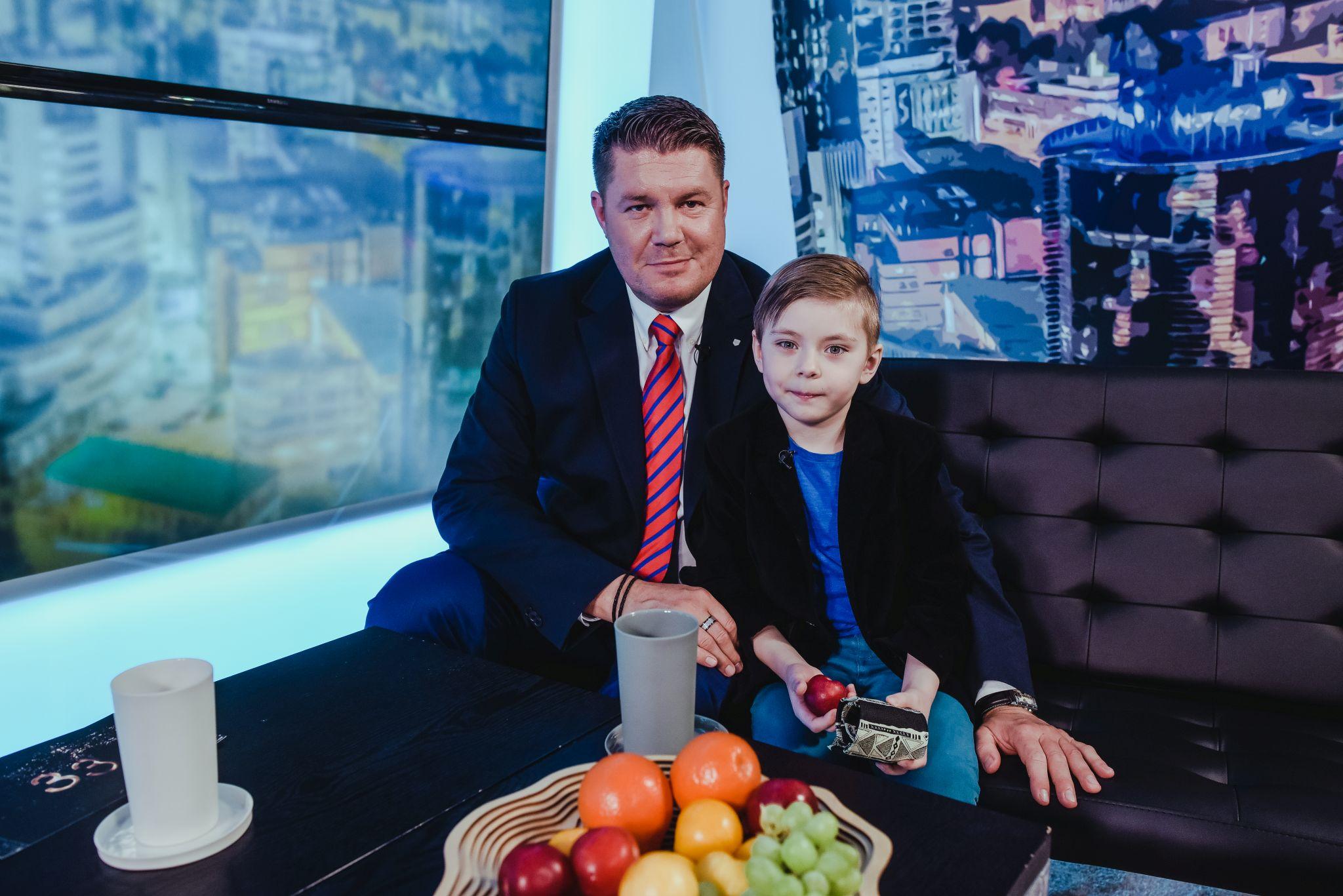 VAHVA VIDEO! Vaata Hannes Võrno ja väikese Oliveri parimaid intervjuu hetki