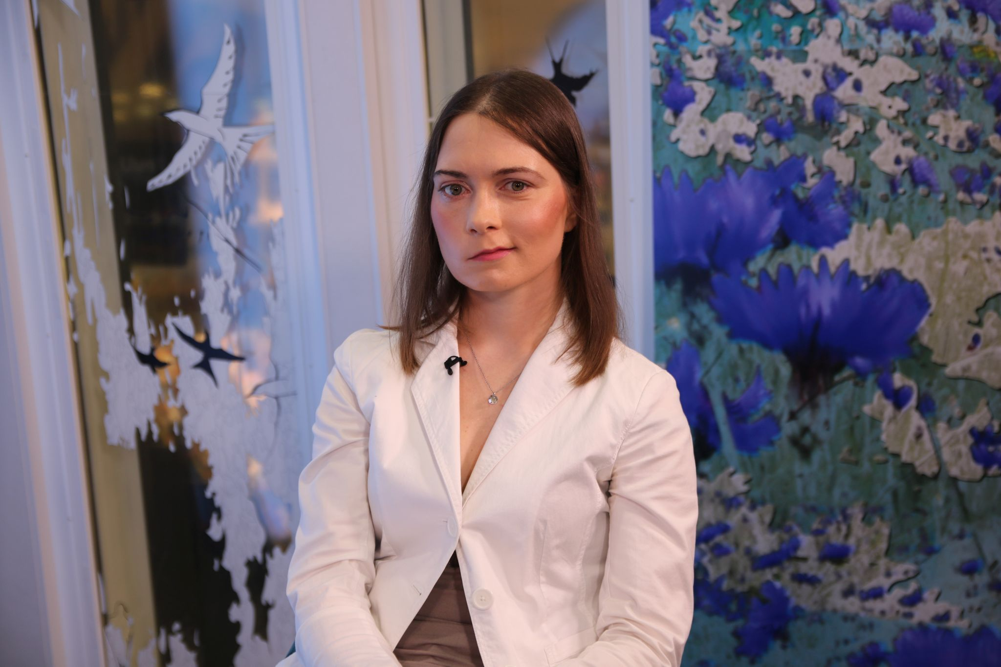 """VIDEO! Tüdruk, kes otsib oma naeratust: Olesja räägib """"Hästi, Eesti!"""" stuudios enda loo"""