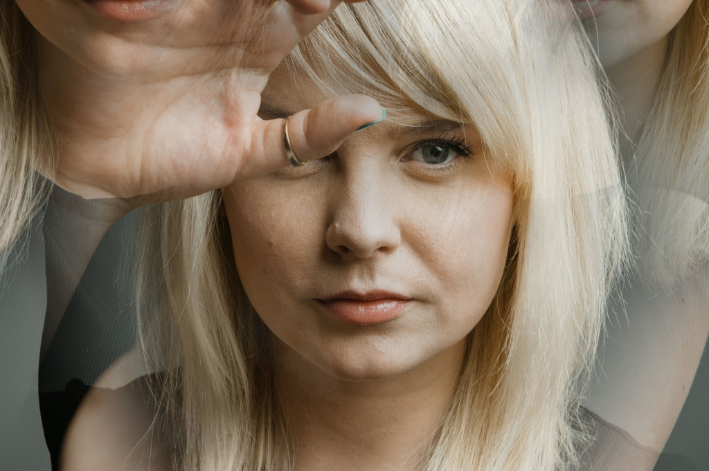 """UUS SINGEL! Adeele Sepp avalikustas uue singli """"Meredel meri"""""""