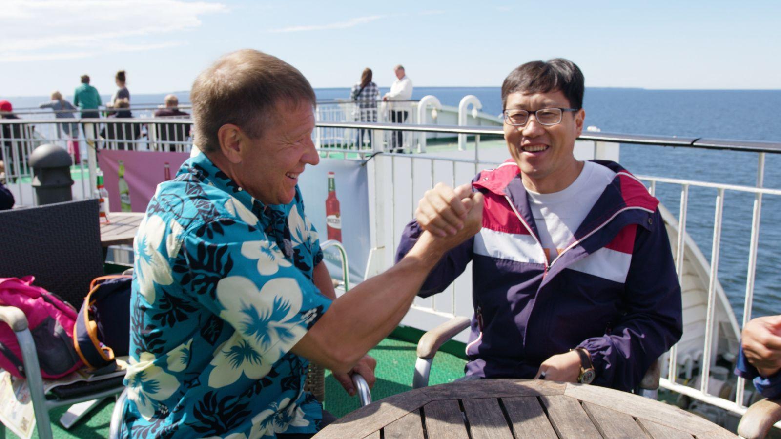 """VIDEO! """"Merevaade Matverega"""" tutvub Aasia turistidega"""